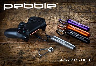 Veho Pebble Smartstick+ laddar handkontrollen till PS4